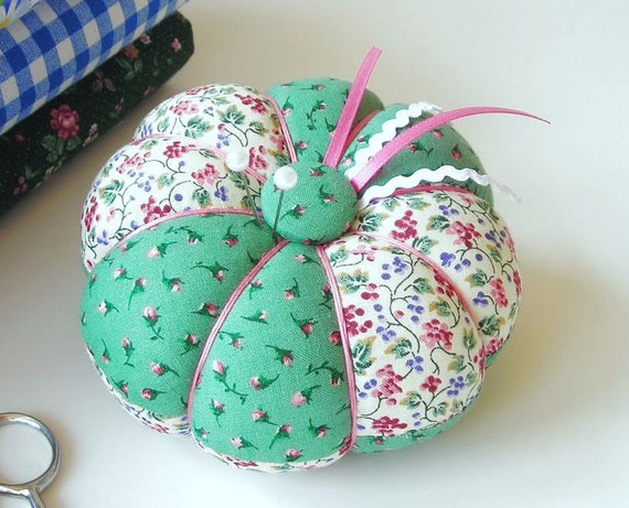 Pin Cushion Green Rosebud Floral Print