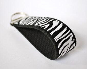 Fabric wristlet key fob keychain