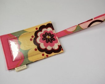 Fabric luggage tag or ID tag in Alexander Henry