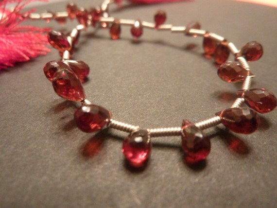 1 full strand 7mmx4mm teardrop faceted rhodolite garnet briolettes