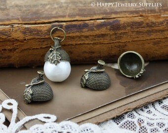 20% off- 10Pcs Nickel Free - High Quality Antiqued Vintage Bronze / Silver Plated Acorns Hat Charms / Pendants (ZG127/ZG138)