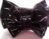 Small black vinyl hairbow