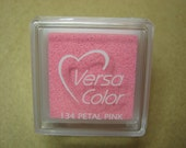 VersaColor Pigment Ink Pad Small in Petal Pink - Baby Pink Inkpad - Ink for stamp - Inkpad for Rubber Stamp - Versa Color - Colour Ink Pad