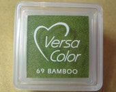 VersaColor Pigment Ink Pad Small in Bamboo Ink for stamp - Inkpad for Rubber Stamp - Versa Color - Colour Ink Pad - Green Ink - Green Inkpad