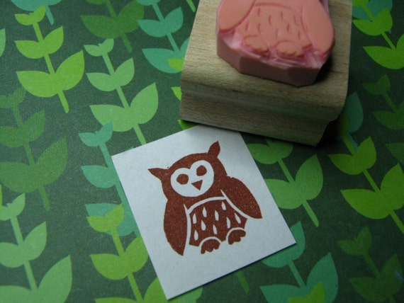 Owl rubber stamp - Little Fluffy Owl Hand Carved Rubber Stamp - Owl Gift - Gift for Owl Lover - Bird Rubber Stamp - Halloween Craft