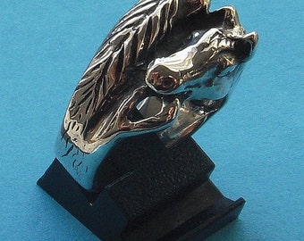 horse ring double headed