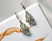 Clover Earrings (The Barrel Weave) - Chain Maille in Sterling Silver - Free Shipping - Ready to Ship