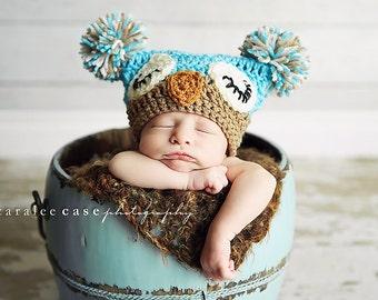 Sleepy Owl Pom Pom Hat