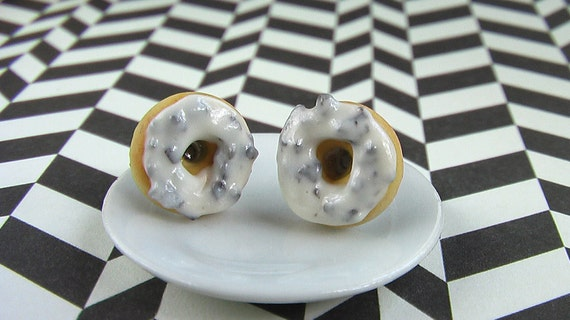 Yummy Donut Earrings in Cookies and Cream