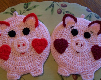 Mr and Mrs Oinker Wall Hangings / Potholders (pr)