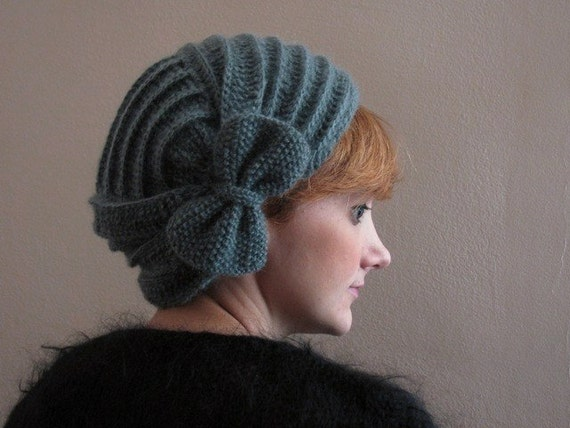 Gray Crochet Beret with Bow