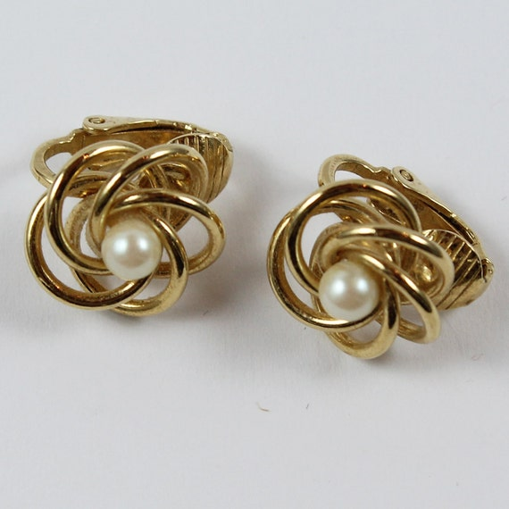 Small Golden Swirl and Pearl Clip On Earrings
