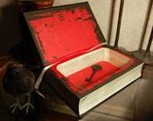 Hollow Secret Safe Book (EDGAR ALLAN POE)