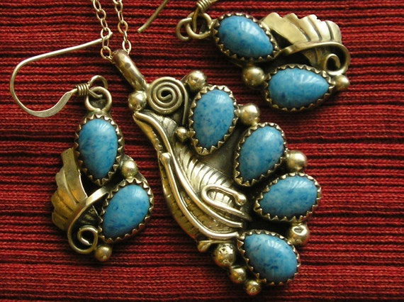 Native American Sterling Silver Denim Lapis Leaf and Scroll Pendant Necklace and Earrings Set