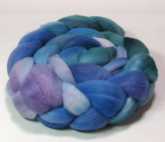 Rambouillet roving hand dyed 4oz shades of Blue and purple R1077
