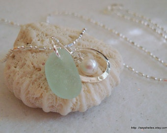 Soft Pastel Green Sea Glass with Silver Ring and Swarovski Pearl