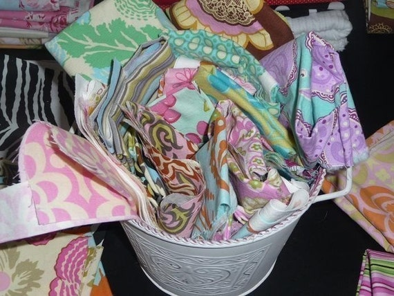 Studio Scrap Pack of Designer Fabrics, 1 yard(6 oz)