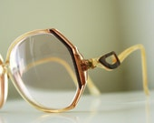 Pearl Brown Vintage Glasses With Victorian Design