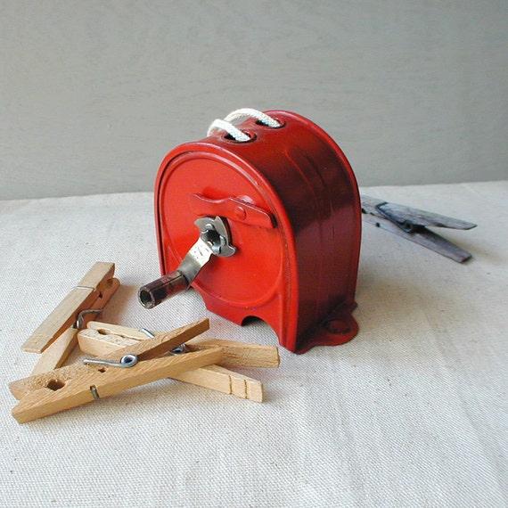 Vintage Red Retractable HANDY Clothesline Reel