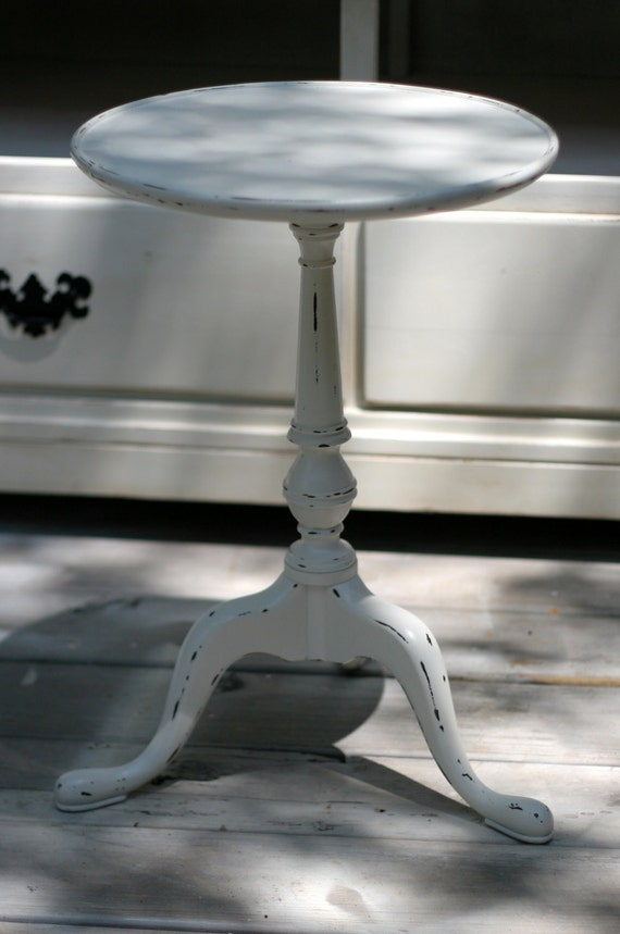 Shabby chic distressed small vintage side table