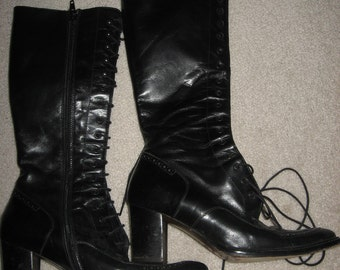 Italy Boots are made for Walkin' Vintage Goth LACE Up BOOTS Black Leather Italy Oreazioni Avitto Vintage Clothing c1990