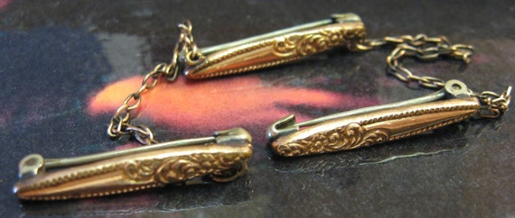 Antique Baby Bar Pins 9kt Gold Trio 3 Pins Brooch Tiny Ornate