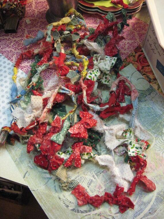 Christmas In July QUILT Bow Garland Chain Vintage Fabric Red Green White Handmade Sale code 10moj2 Homespun Society CIJ Vestiesteam