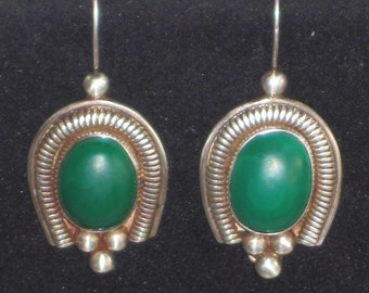 Stunning Vintage Sterling Silver Earrings with Malachite Stones