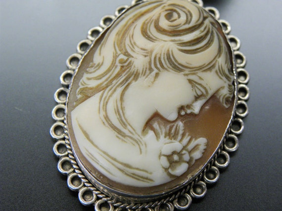Lovely Carved Shell Cameo Set in Beautiful Sterling Silver