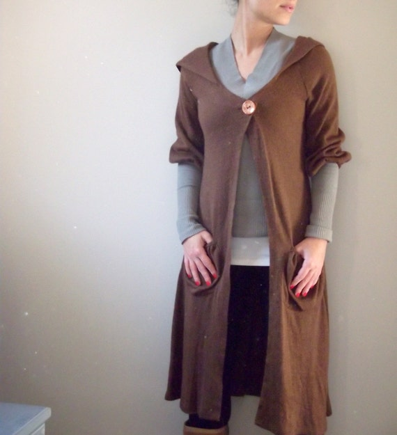 Romantic knitted brown cardigan