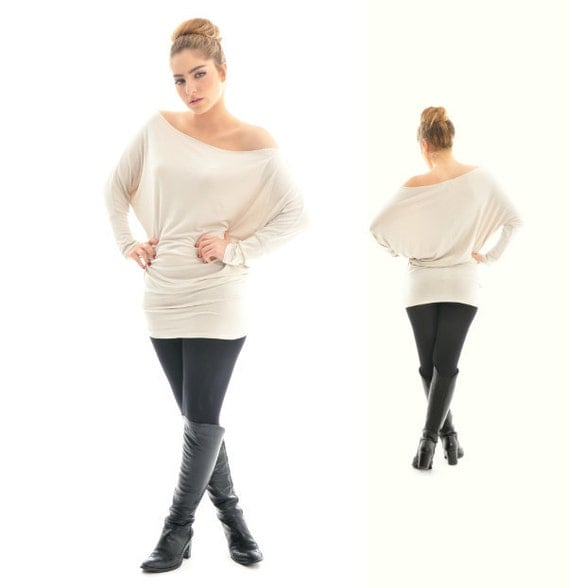 ON SALE- Oversize beige tunic- Beige oversize cotton tunic top with long bat sleeves