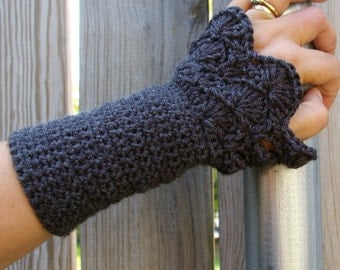Crochet Arm warmers, Lace Arm Warmers in Charcoal Grey Fingerless Gloves