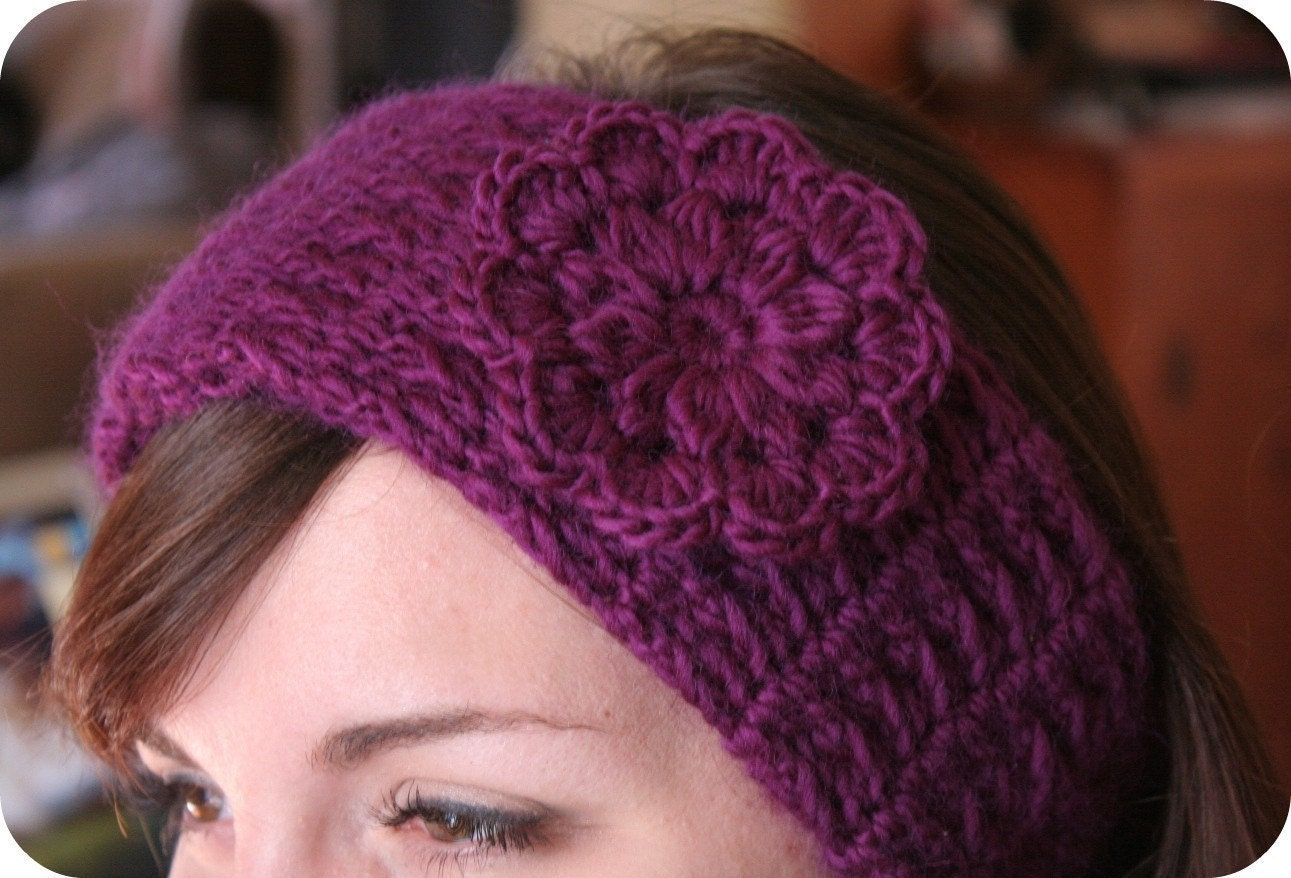 Knit Headband Pattern With Crochet Flower : HEADBAND Crochet Pattern with Pretty Flower MONDAY MARKET