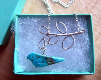 Turquoise bird on the leaf assymetric lariat neckalce