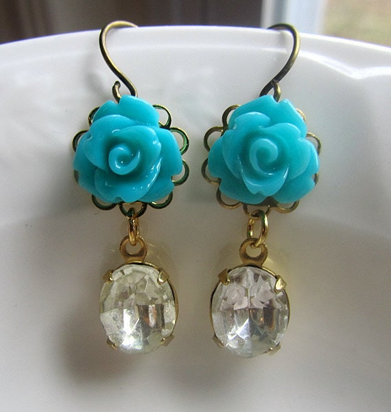 Dust turquoised rose with clear facet stone danlge antique bronze earring-choose your own color