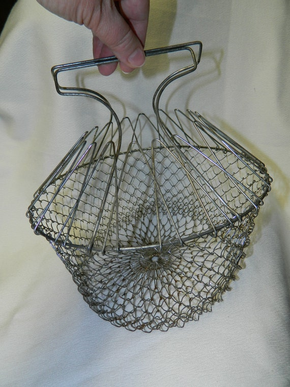 SALE -- OLD Collapsable wire country EGG basket (folding)