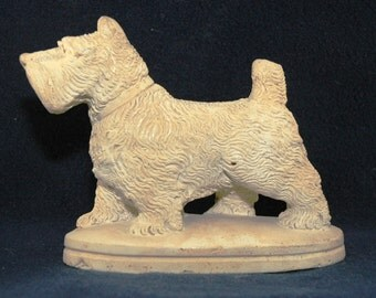 Scottie Dog Figurine - Ceramic Scotty Dog - Highland Terrier