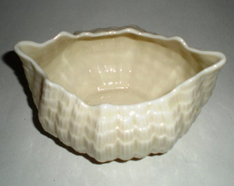 Vintage Belleek Tridacna Open Sugar - 3rd Green Mark