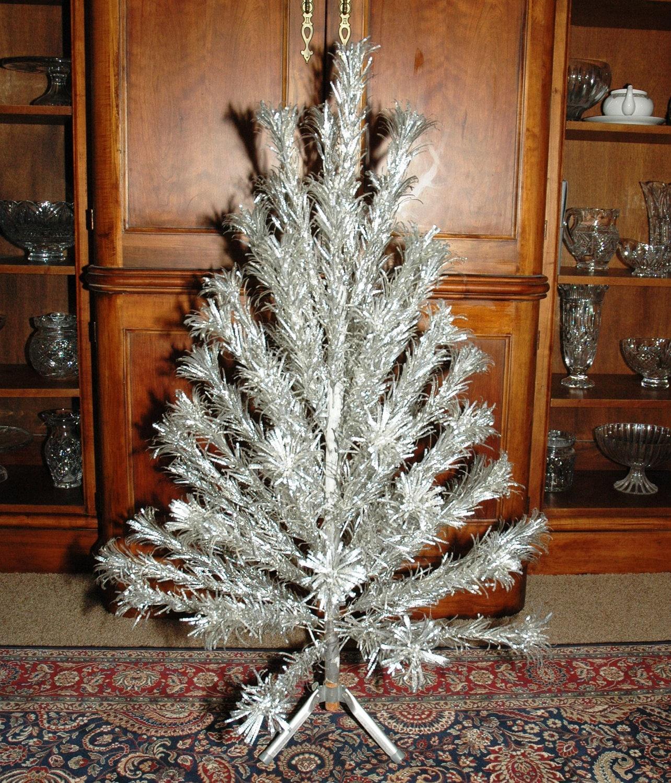 Vintage Aluminum Christmas Tree For Sale