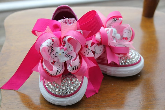 Pink Hot pink One Star Converse crystal Bling shoes size 6 toddler with Hello Kitty bows birthday shoes NWOT