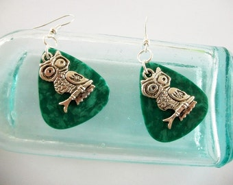 Guitar Pick Earrings Owl Green Pearloid