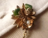 Vintage Jade & Pearl Gold Tone Sweater Clip Guard