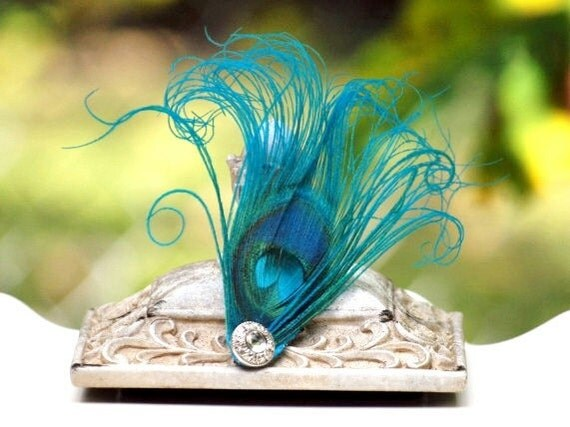 Sparkly Turquoise Peacock Hair Clip / Comb / Bobby Pin. Simple Elegant Feather, Pearl / Rhinestone Accessory. Feminine Girly, Teen Statement