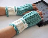 Crochet  Fingerless Glove Wrist Warmer Gauntlet Sage Mint Cream