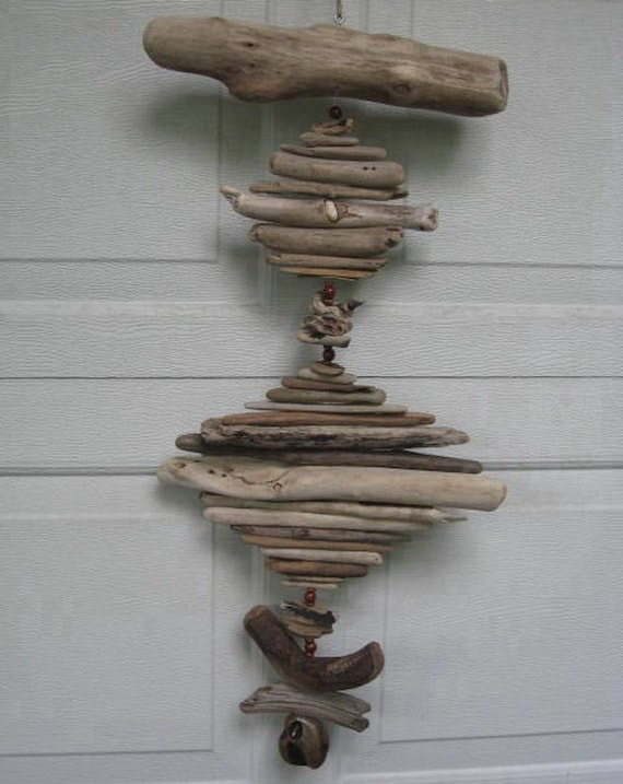 Driftwood Mobile With Beads (DC305)