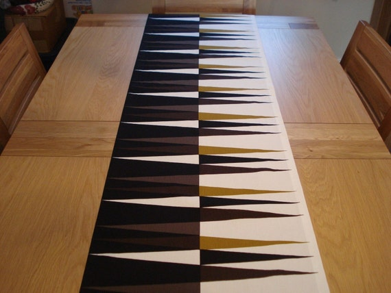 Table runner brown and black pattern backgammon 17 5 by for Table runners 52 inches