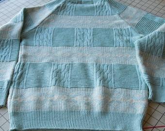 FREE SHIPPING Vintage 1980s Mens Blue Sweater   size medium