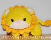 Leo The Lion - Stuffed Felt Animal Magnet/Keychain/Ornament (Yellow/Gold)