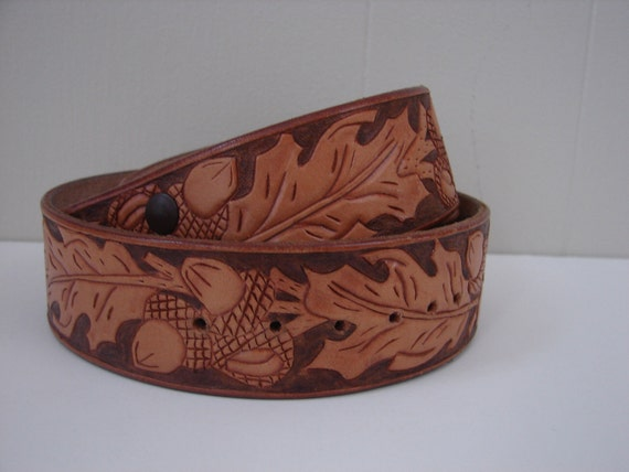 70s Tooled Leather Belt ...Size 29 to 32  ... Who's Harry