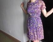 No Shrinking Violet 1960s Floral Silk Easter Dress S/M/L